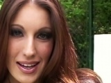 Vidéo porno mobile : 5 cocks in her mouth